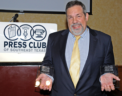 Mike Fuljenz receiving Press Club Awards 2014
