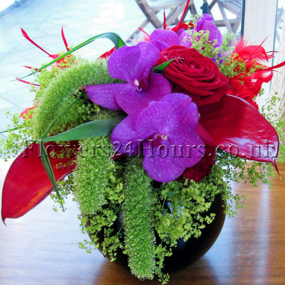 Uk Gifts Arrangements Delivery By Flowers24hours Co Top London Florist And