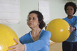 Minds in Motion® is a new program from the Alzheimer Society of Ontario designed for people with signs of Alzheimer's and their care partners. It helps improve balance, mobility and alertness.