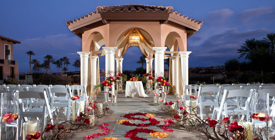 Engaged couples find peace of mind with 100000 wedding venue perfect wedding venue las vegas by ever afterever after helps engaged couples find their las vegas wedding venue junglespirit Image collections