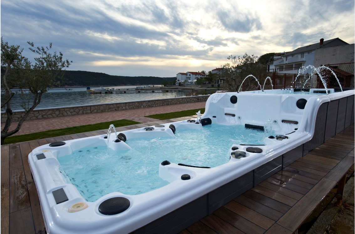 cheap outdoor swim spas unveiled by experienced supplier xc spa. Black Bedroom Furniture Sets. Home Design Ideas