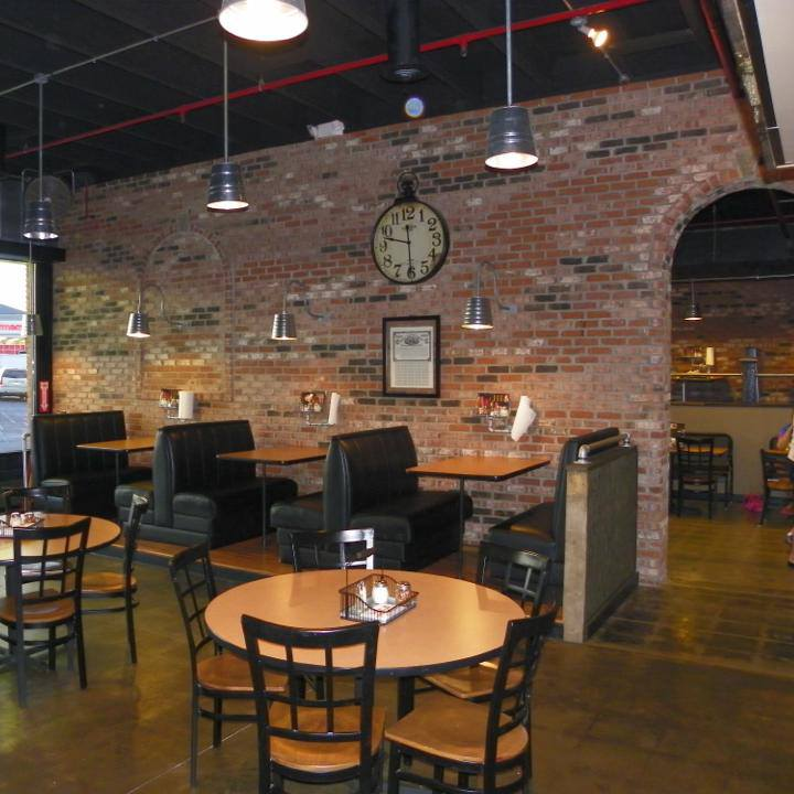 Affordable Seating Helps Hillsboro Giovanni S Pizza Power