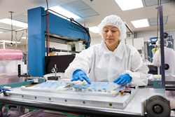 Clean Room Medical Manufacturing | UFP Technologies