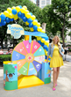 Have the Best Summer Ever with Busy Philipps and Banana Boat®...