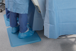GelPro Medical Mats provide lasting relief and comfort to surgeons, doctors, nurses and medical technicians - photo