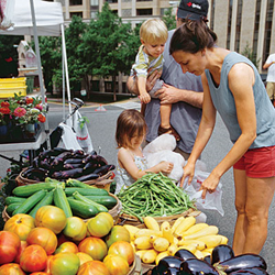 Child Nutrition Tips - Farmers' Market for Teaching Healthy Eating Habits