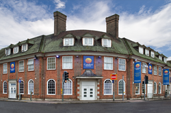 hotels in luton