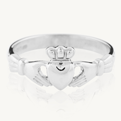 Claddagh Ring, Love Loyalty Friendship ring, Hands Heart Crown Ring, Celtic Promise