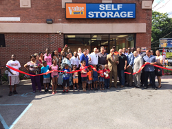 Value Store It Self Storage Grand Opening - Employees and citizens gather with Mayor Ernest Davis for the ribbon cutting.