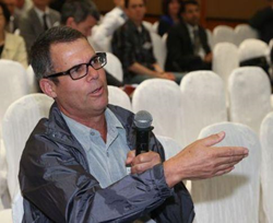Annuity Doctor Mr. Derish at the IACC conference in Hong Kong May 2014