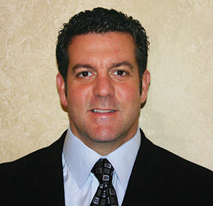 Neal Gallo Of State Farm Insurance Wins The 2014 Five Star Home And Auto Insurance Professional Award