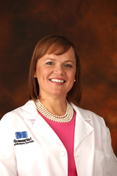 Dr. Mary Hayes: 3D Mammography Finds More Invasive Cancers While Reducing Unnecessary Recalls