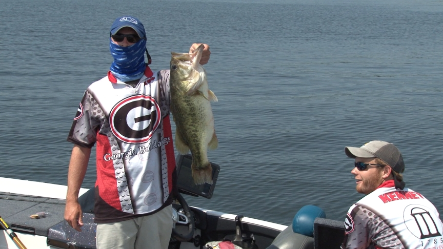 2014 boatus collegiate bass fishing championship to air for College bass fishing