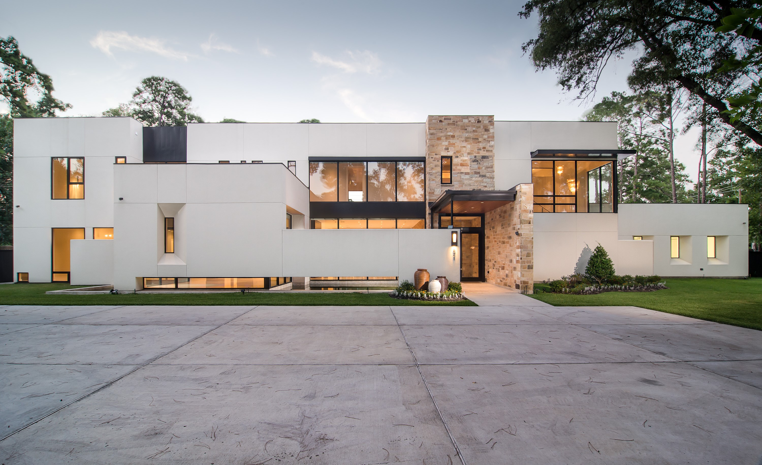 Modern home tours returns to houston on september 20th for Foto di case moderne esterni
