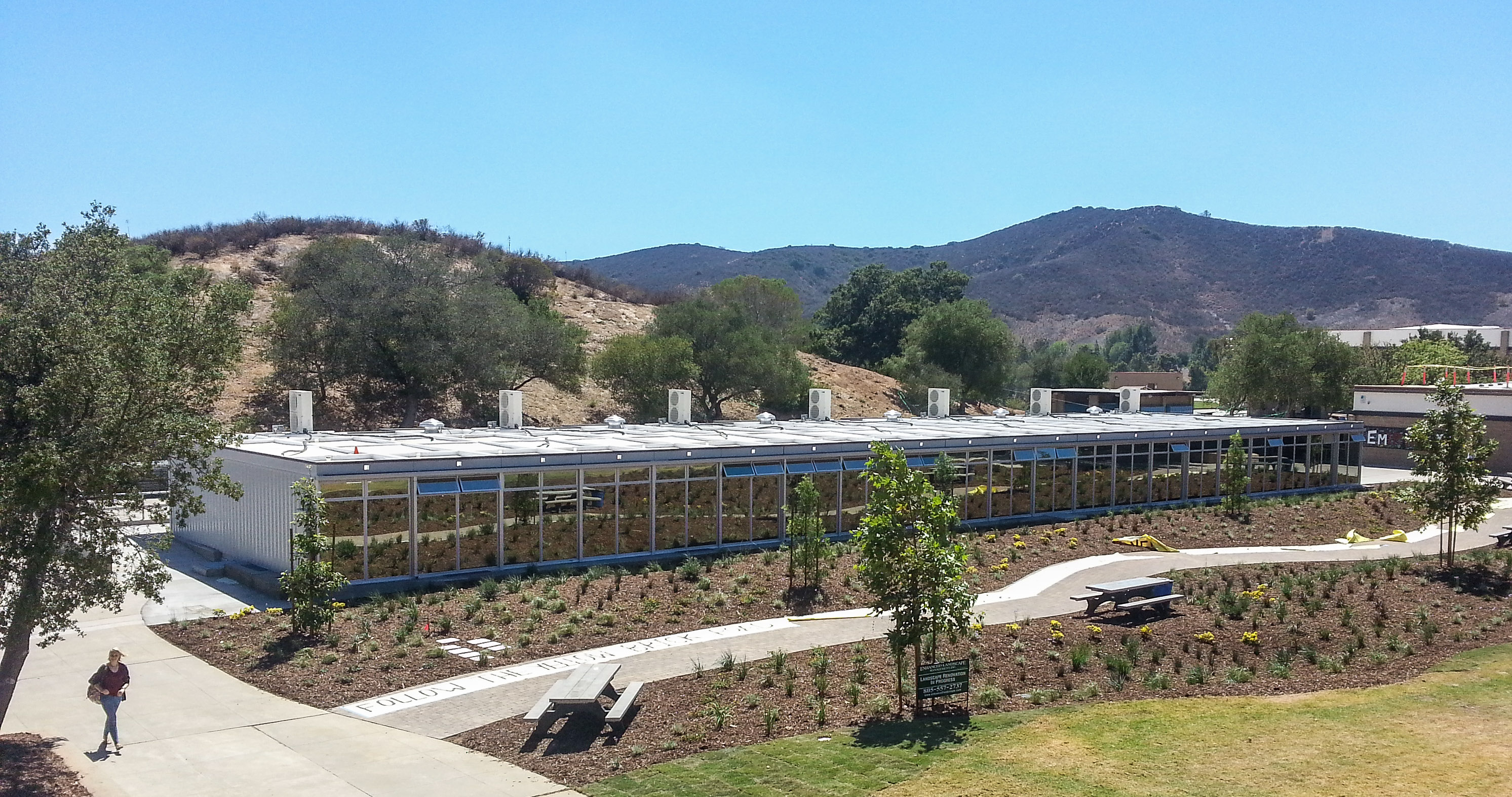 San Diego Law School >> Balfour Beatty Construction installs the first of its kind ...