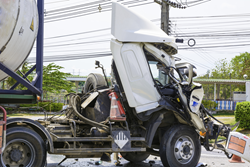trucking accident, auto accident attorney