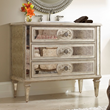 HomeThangs.com Has Introduced a Guide to Mirrored Bathroom Vanities