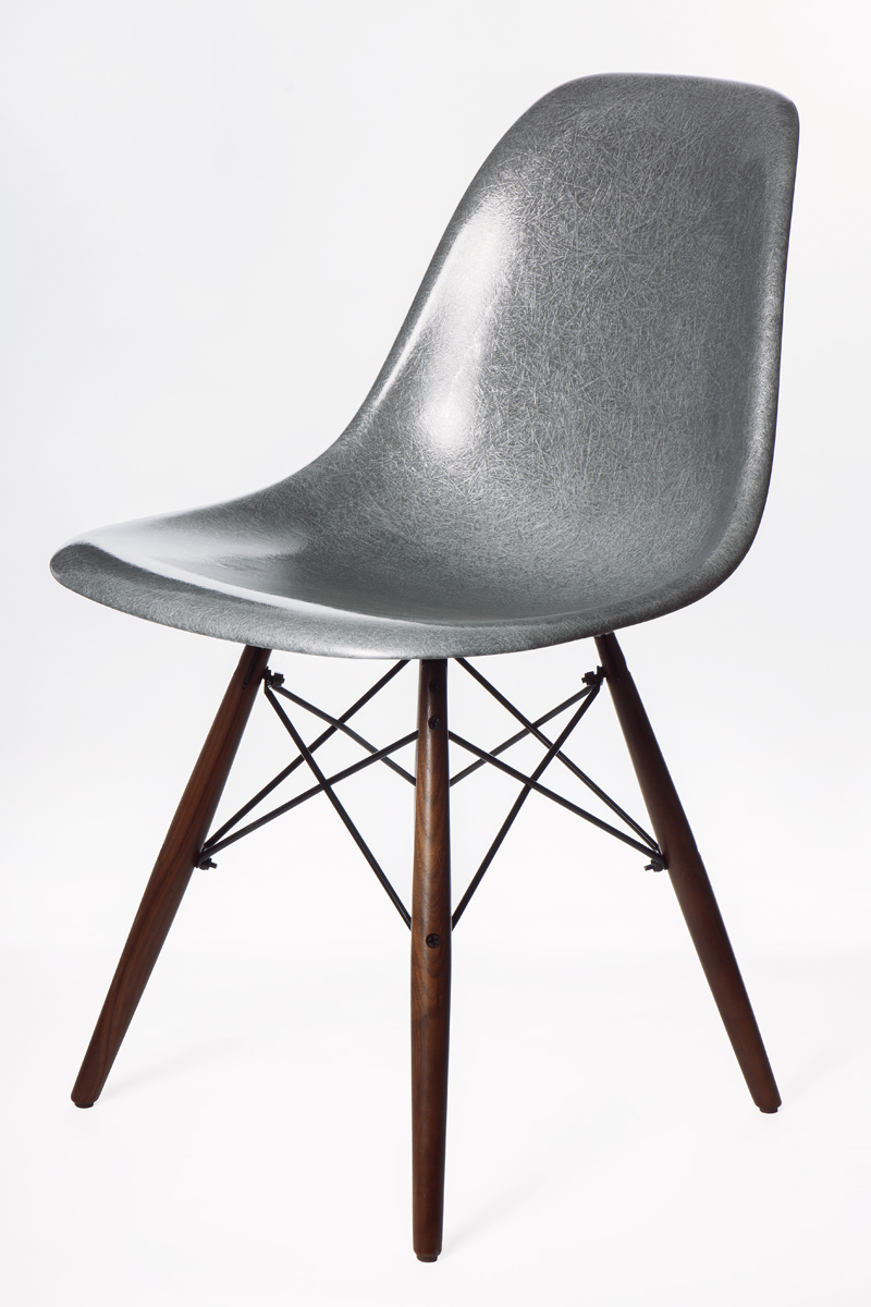 Modernica Joins Forces With Krink To Produce Exclusive Silver Fiberglass Shel