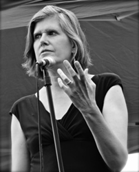 """Author, biologist, and environmental activist Sandra Steingraber will deliver keynote address """"A Place for Fracking?"""" at Lafayette College's 2014 Roethke Festival."""