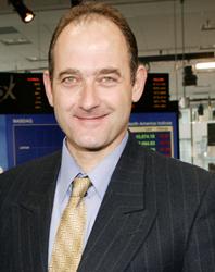 Dr Nicolas Loebel