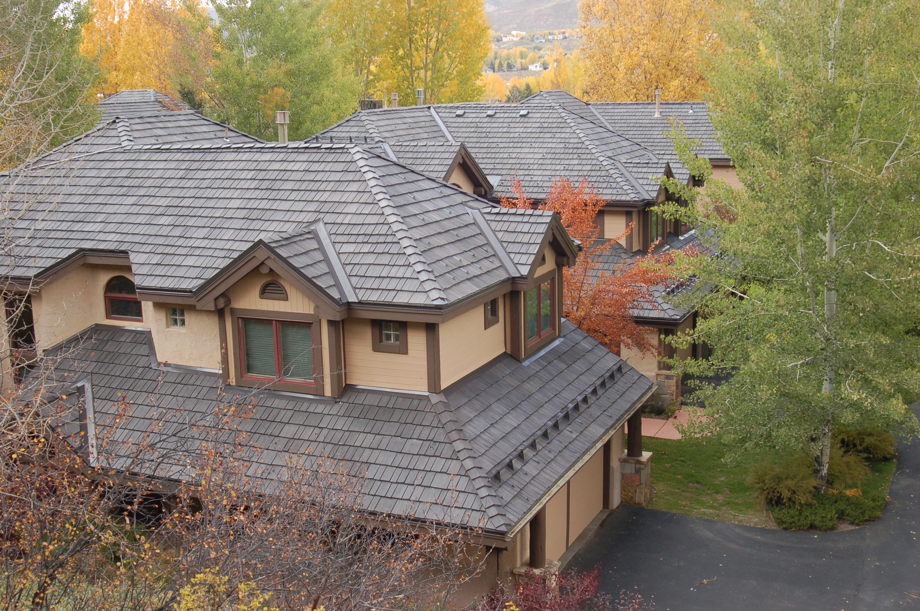 Increasing number of condo communities choose davinci for Davinci roofscapes cost