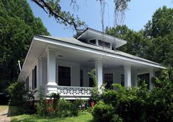 The Ford House, an Arts & Crafts bungalow in Mobile, Alabama