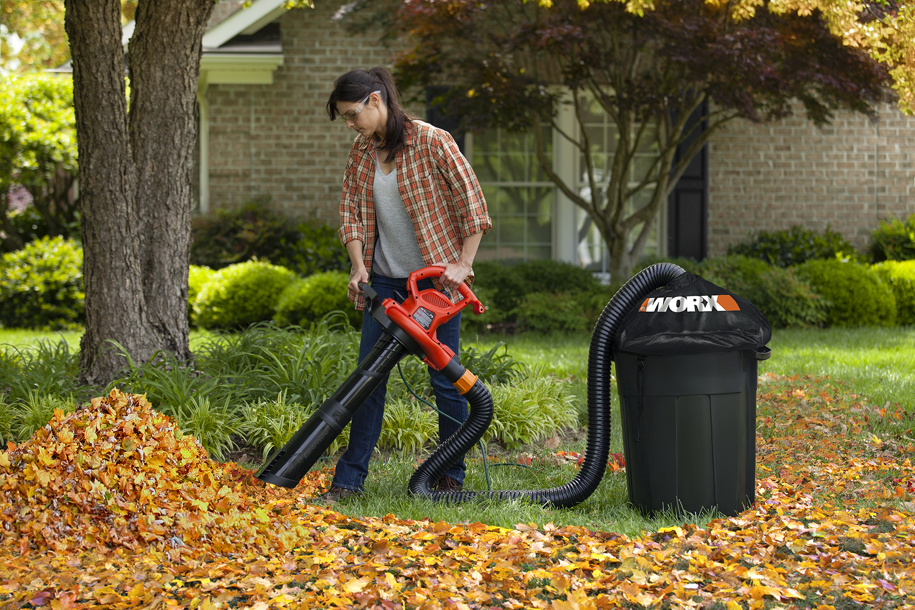 New Worx Leafpro System Makes Quick Work Of Fall Leaf Cleanup