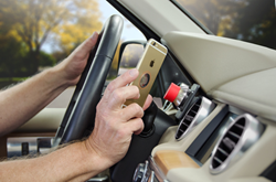 Magnetic iPhone 6 Car Mount