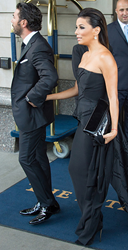 Eva Longoria carries the Jill Milan Chelsea Clutch on the streets of Manhattan with Jose Antonio Baston, Sep 23, 2014 (Photo: Michael Stewart, GC Images)