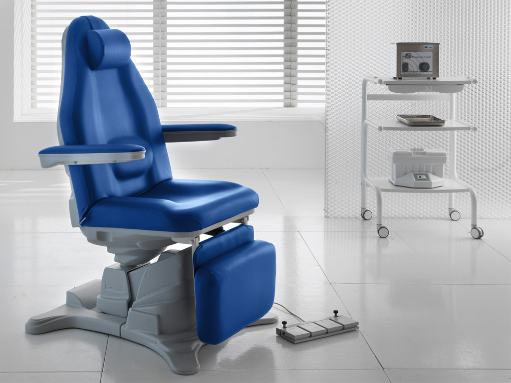dre to showcase innovative procedure chair at major