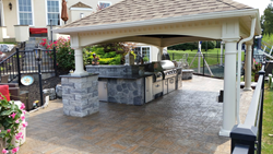 experts in outdoor living and home renovations