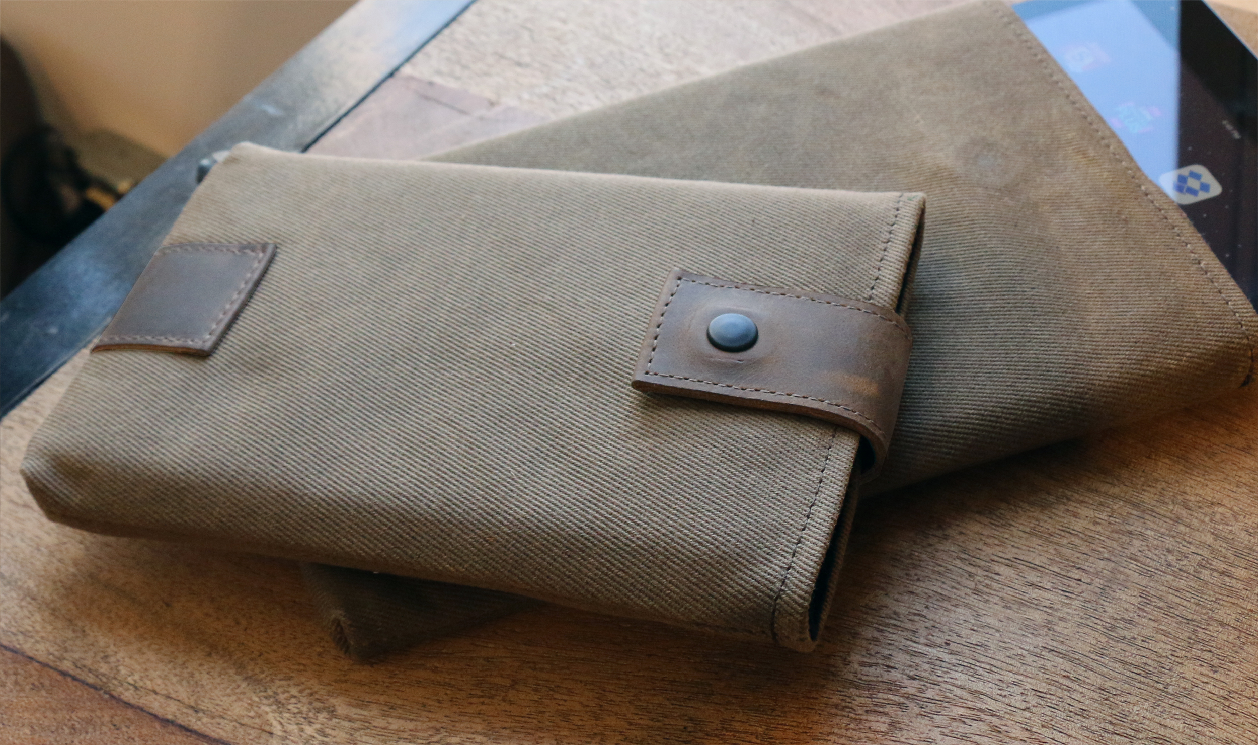 WaterField Custom Outback Slip Cases Now Cover Nexus 9, Kindle