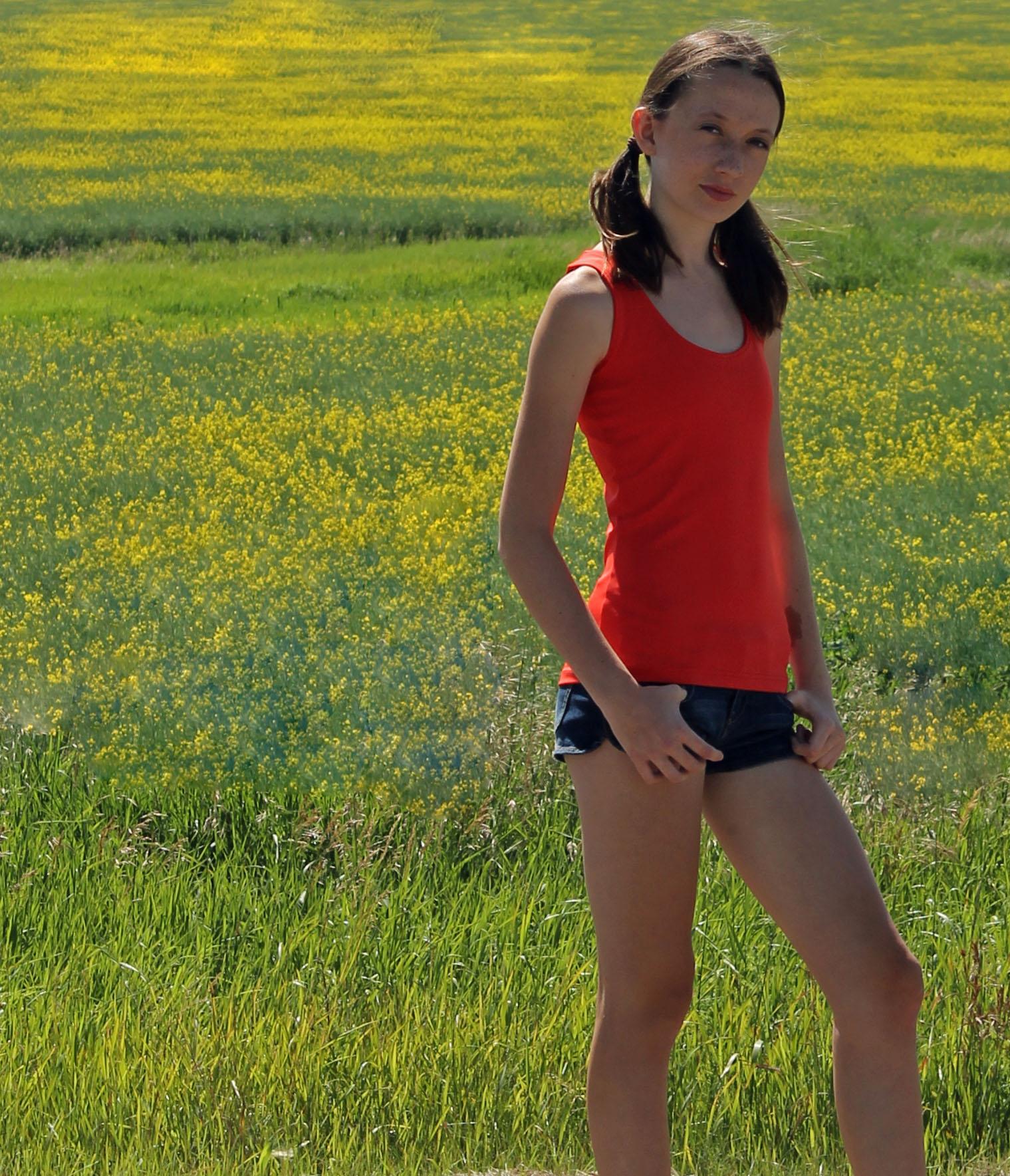 TerraFrog Athletic Wear Launches New E-Commerce Yoga
