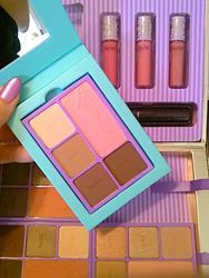 GIVEAWAY Review, Swatches: tarte Sweet Dreams Holiday 2014 Collection – Bon Voyage Collector's Set & Travel Bag, Pin Up Girl Amazonian Clay Blush Palette, Away Oui Go Portable Palette & Collector's Set, Kiss & Belle LipSurgence Lip
