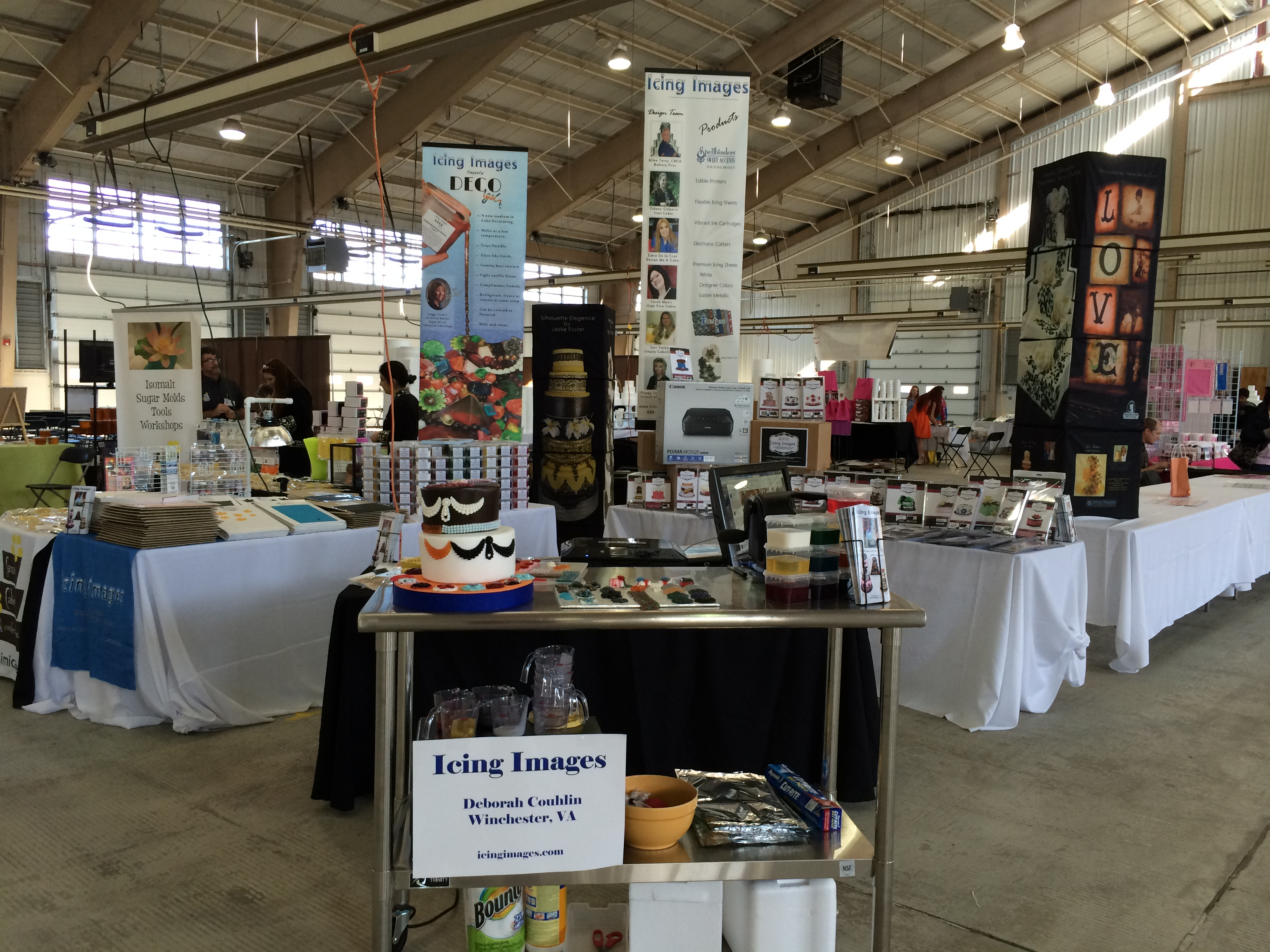 Cake Decorating New Westminster : Icing Images DECOgel Hit at Great American Cake Show