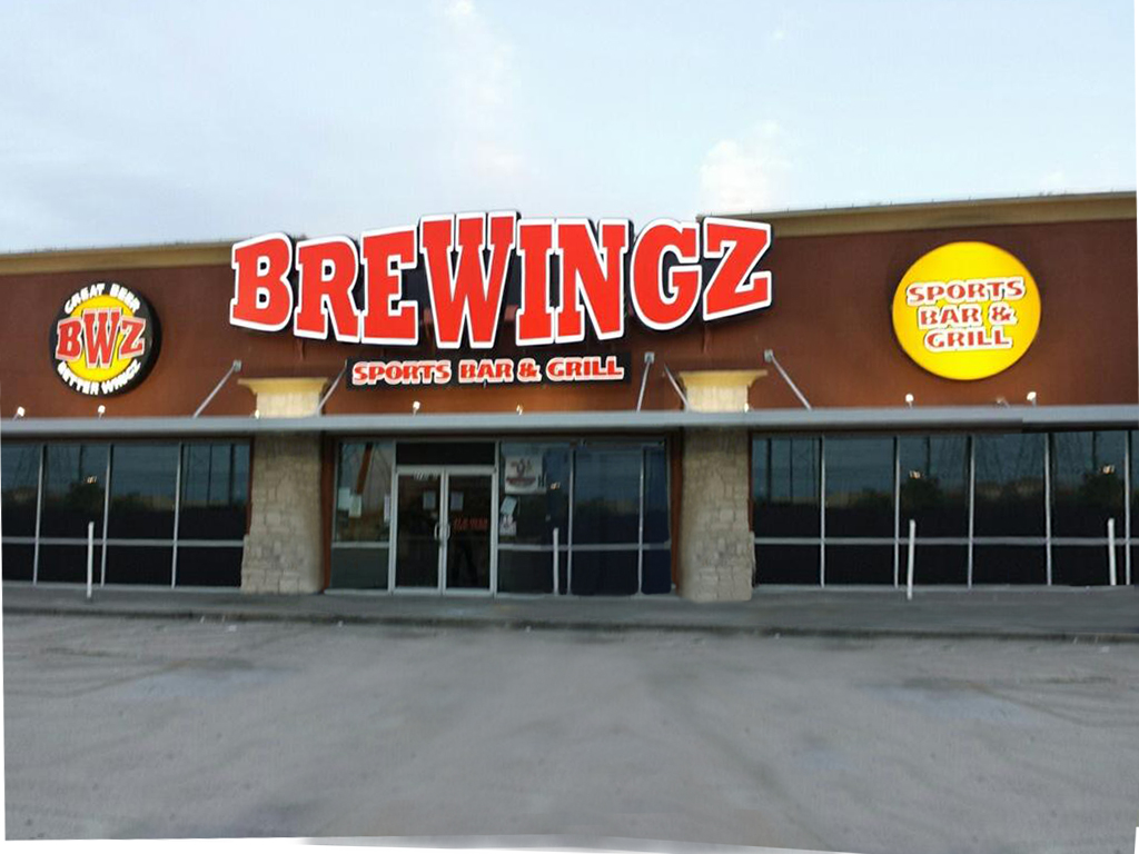 Brewingz sports bar and grill launches new la porte location for Where is laporte texas