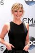 Jennifer Nettles wearing David Mor ring at 48th annual CMA Awards