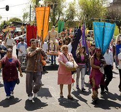 Alfadir Luna, Procession of El Senor del Maíz, Monocanal, 2011