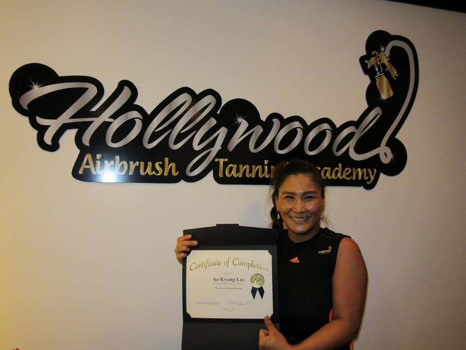 tanning salon owner from south korea completes her airbrush tanning certification program at the hollywood airbrush