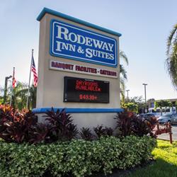 Rodeway Inn & Suites - Port Everglades Hotel