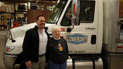 Tom Wiers celebrates 50 years of being in business with Mother - Heddy Wiers