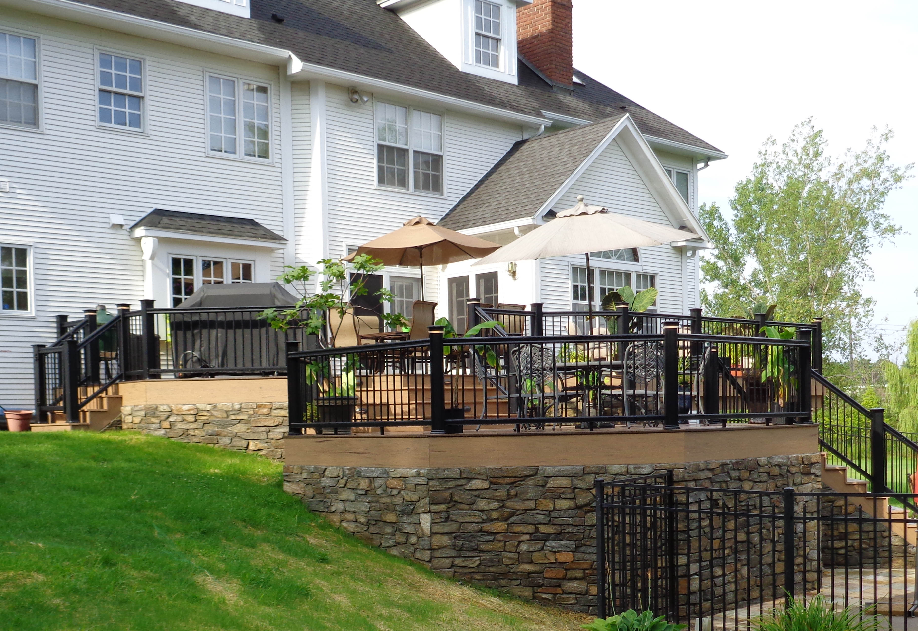 Keystone Custom Decks Selects Natural Looks Of Timbertech