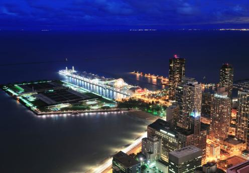 Chicago Family Hotels Near Navy Pier