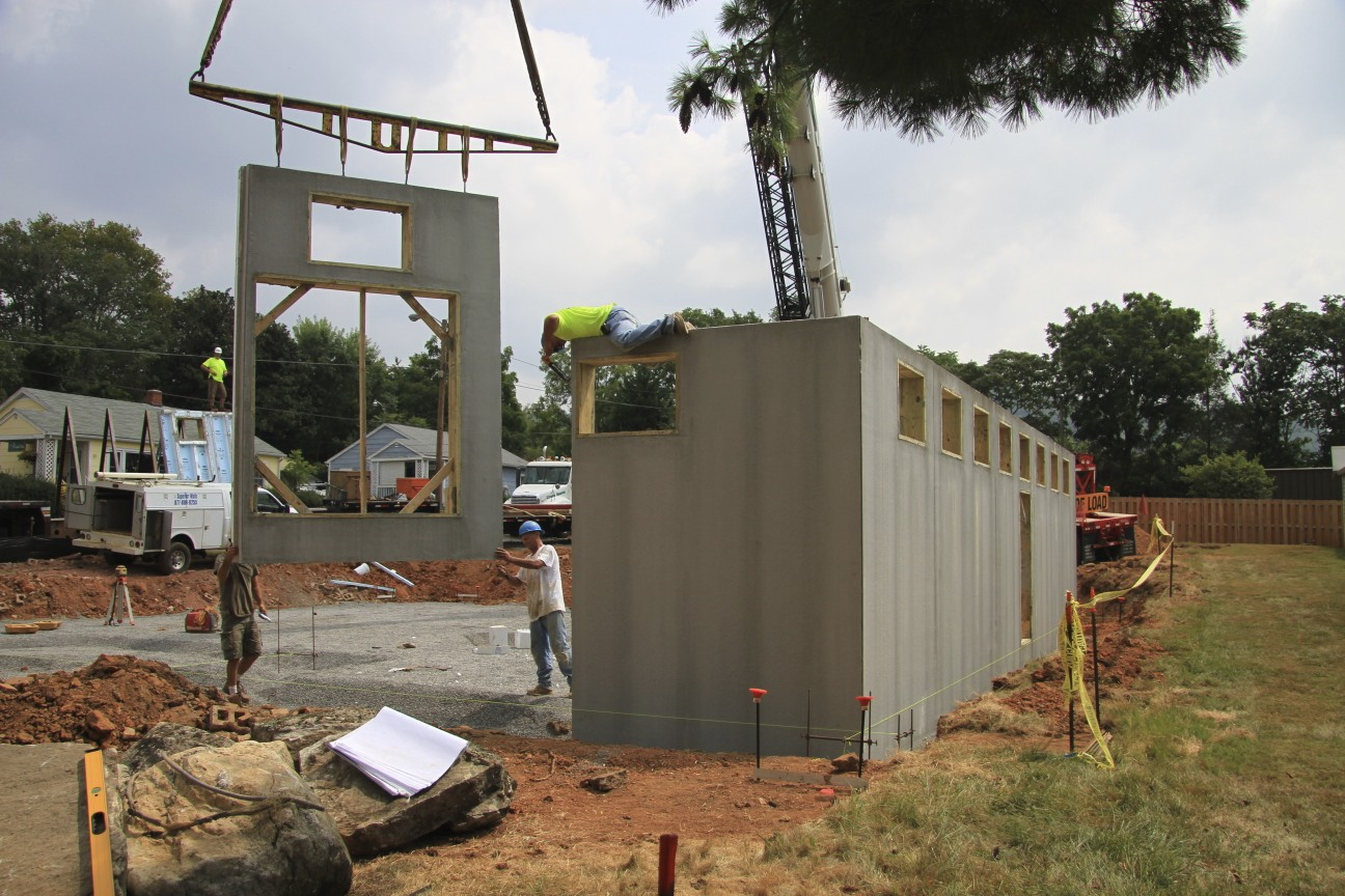 Superior walls anticipates strong sales in 2015 for Prefabricated basement walls