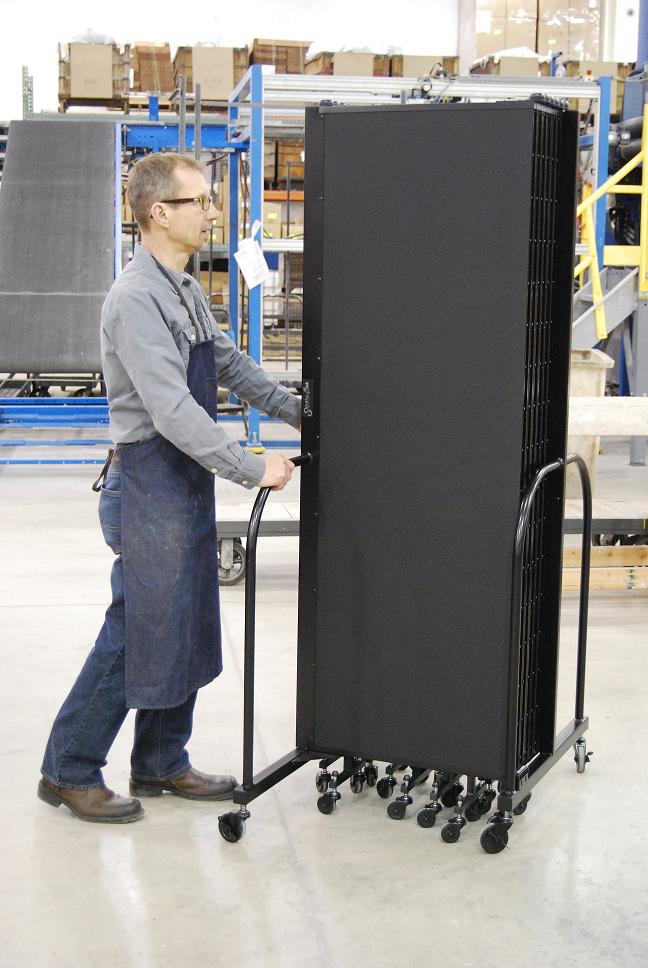 Portable Welding Screens : Screenflex adds portable welding screens to its production