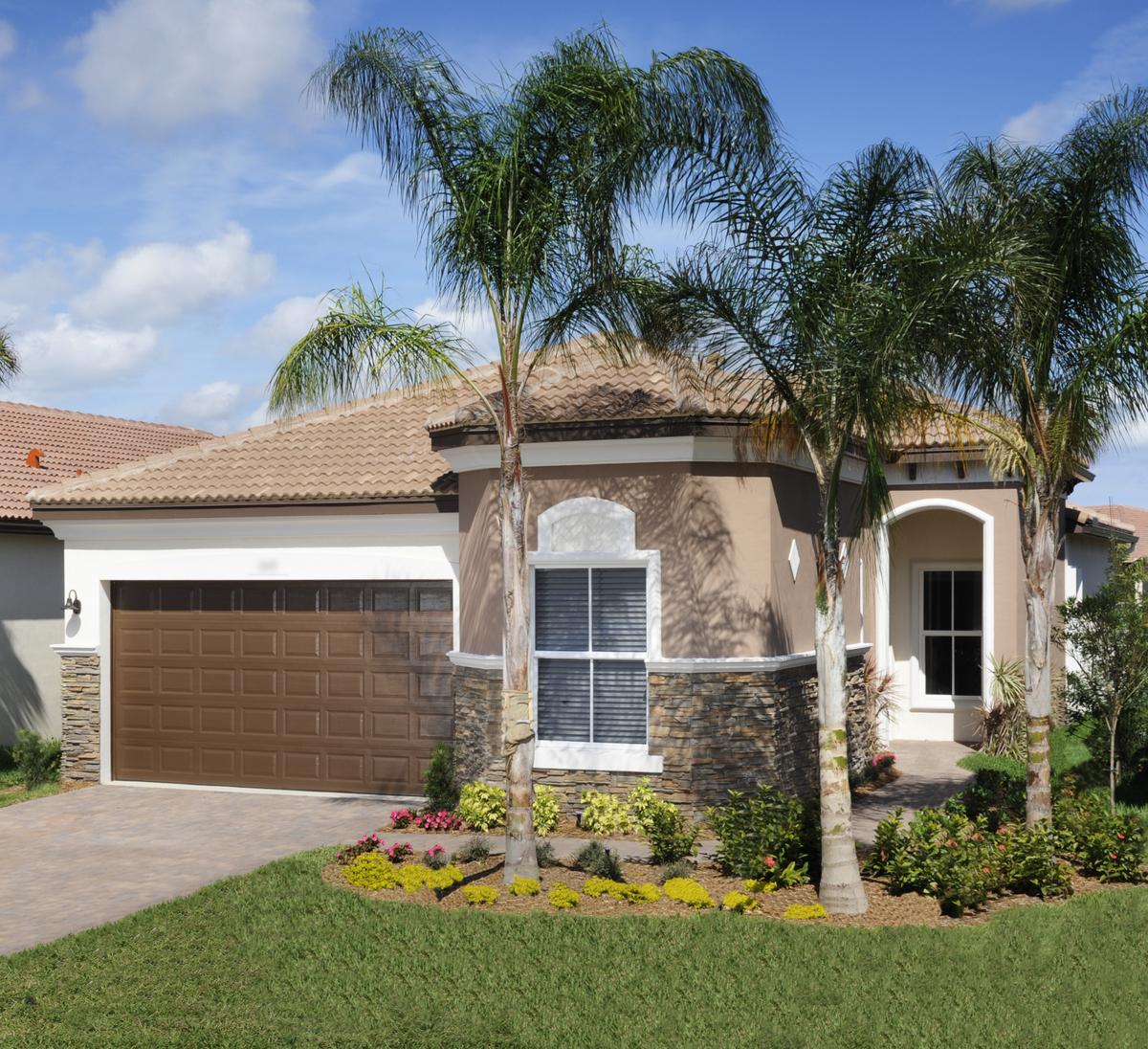 Villaggio reserve tops 300 homes sold at delray beach for Spec home builders near me