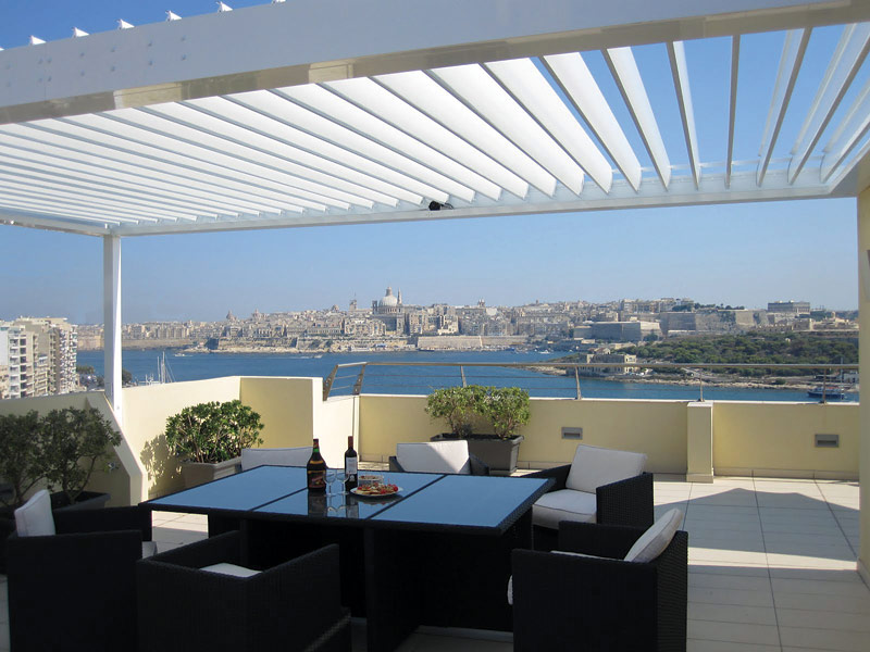 Revolutionary Energy Efficient Adjustable Patio Roof Is