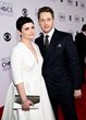 Ginnifer Goodwin with Jill Milan New Canaan Clutch at People's Choice Awards with husband Josh Dallas, Jan. 7, 2015 in Los Angeles. (Photo: Michael Buckner/Getty Images for The People's Choice Awards)