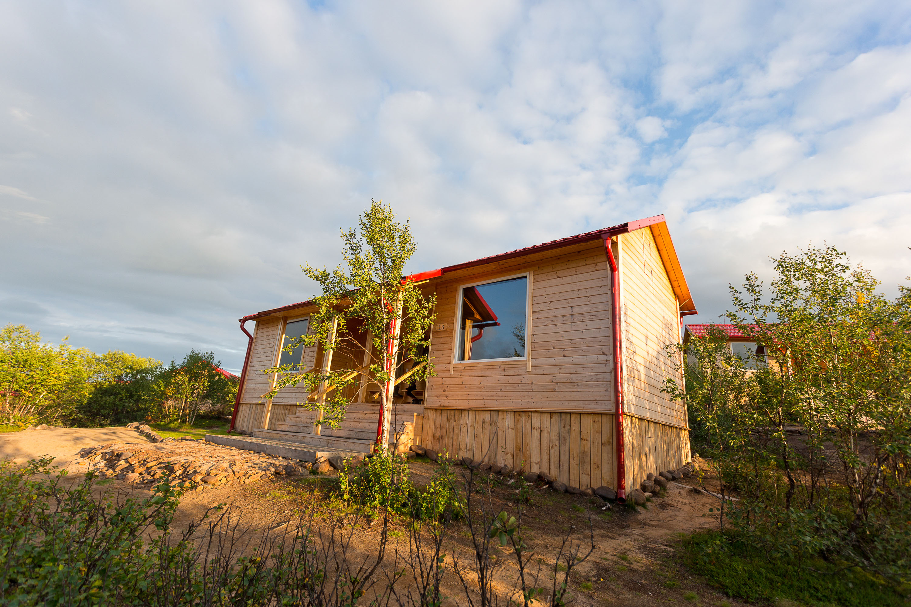Ponoi river ryabaga salmon fishing camp in russia adds for Russian river cabins