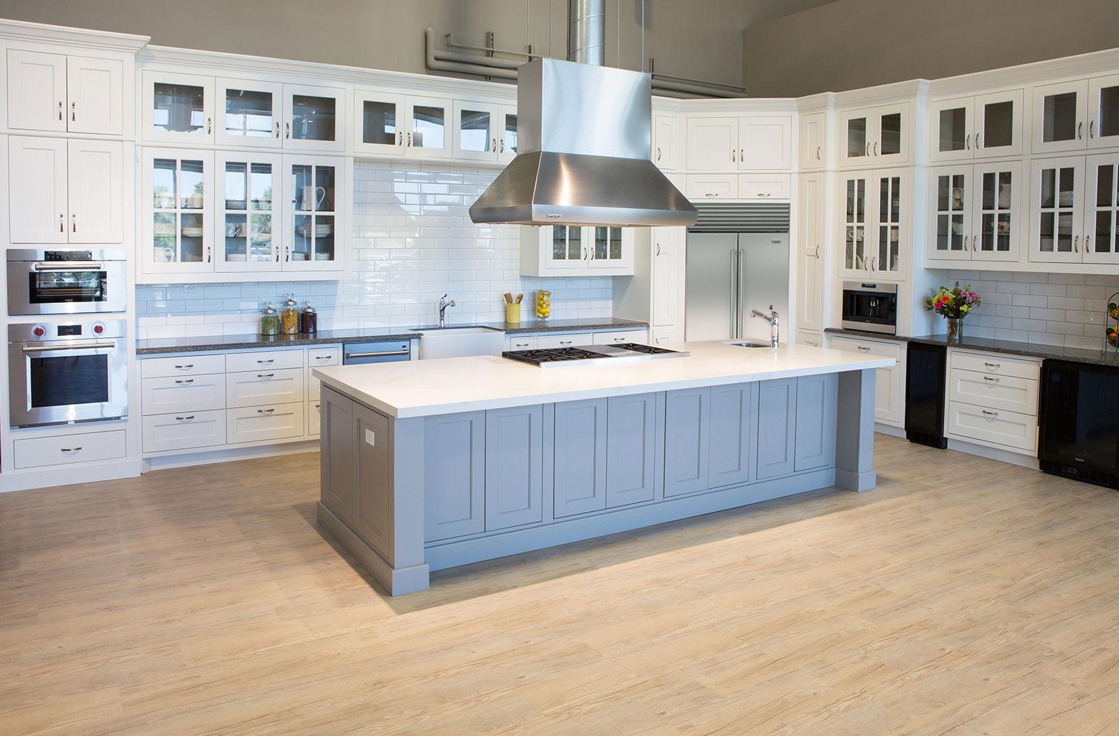 Stone Creek Furniture Kitchen Chandler Showroom Sub Zero Wolf Appliances